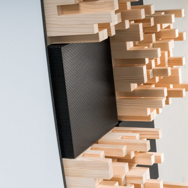 Foto prodotti stand white 1 - AKOÚ | Acoustic devices